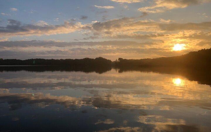 Sonnenaufgang über dem Dolgensee